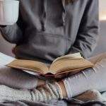 5 Reasons Why People Who Read Are Some of The Coolest People